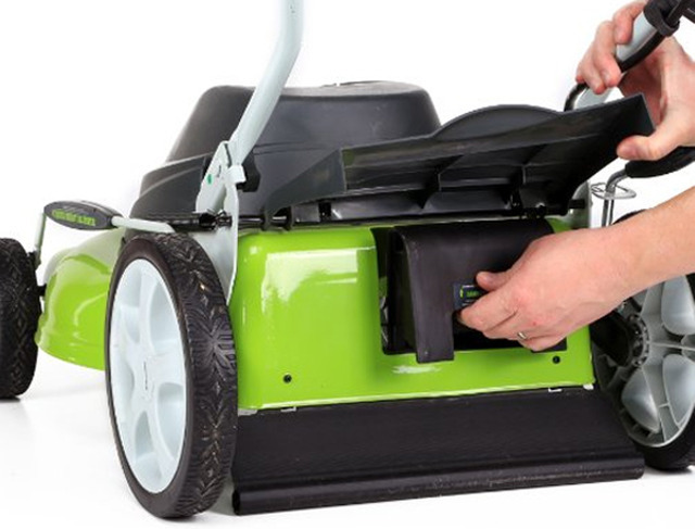 GreenWorks 20-Inch Lawn Mower